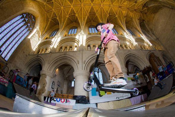 Desde 2009, esta iglesia le da la bienvenida a cientos de jóvenes 'skates'.