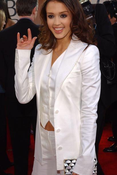 Jessica Alba fue una de las que decepcionó tanto por su ropa, com...