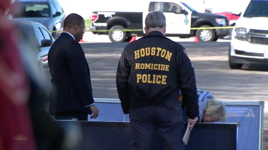 El cadaver de esta joven fue hallado con múltiples heridas de bala en el...