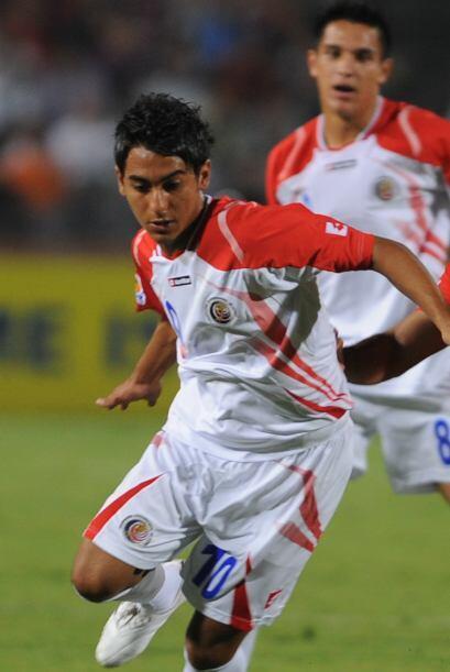 El centrocampista costarricense Diego Estrada fichó con el Juan &...
