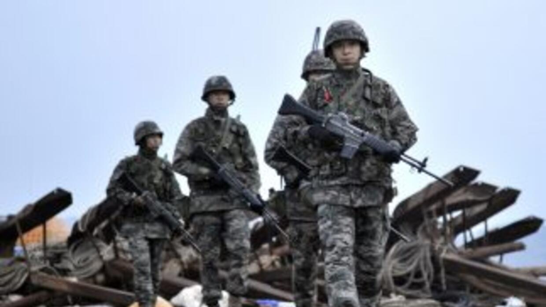 La península coreana aguarda un posible lanzamiento de misiles el lunes.