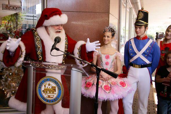 Houston se transforma en época de Navidad. El ambiente de alegría se sie...
