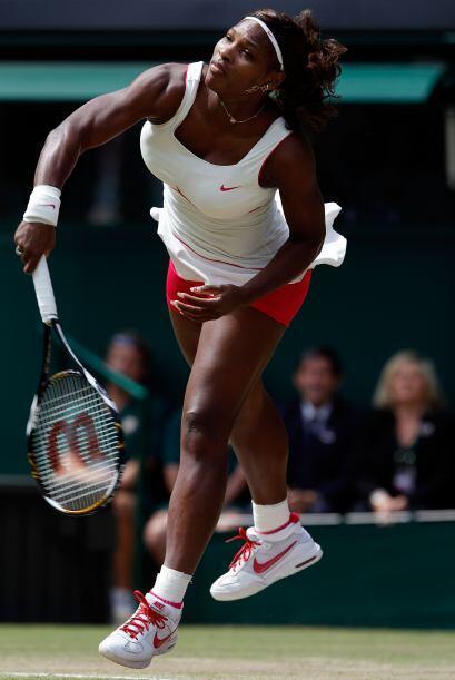 El poderoso servicio de Williams fue clave en la defensa de su título.