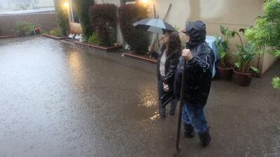 Torrenciales aguaceros inundan el estado de California