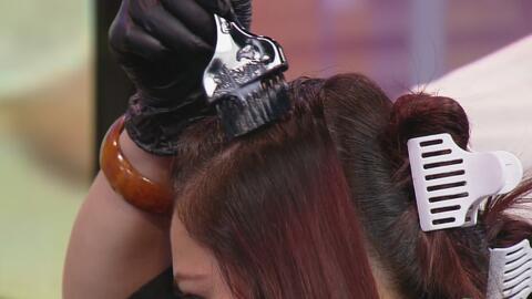 Consejos para no fallar en su intento de tinturarse el pelo en casa