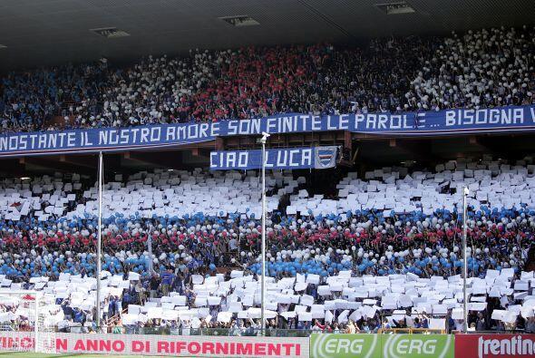 Finalmente, la afición de la Sampdoria esperaba que su equipo saliera de...