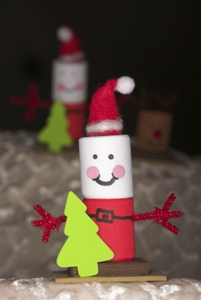 Muñecos de Santa Claus. Crea con tus pequeños un muñeco de Santa utiliza...