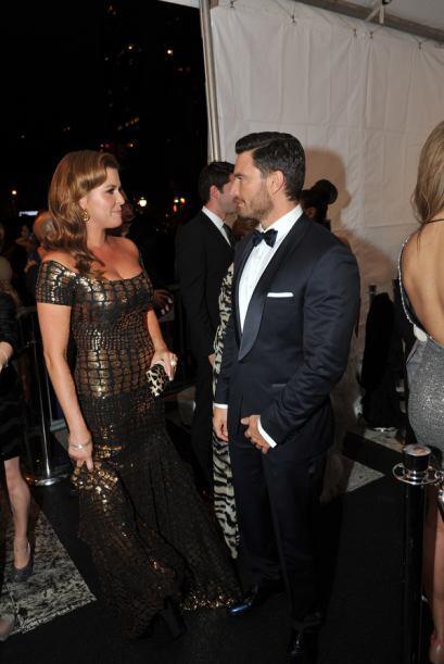 Julián Gil tiene cara de que le está reclamando algo a Alicia. Tal vez n...