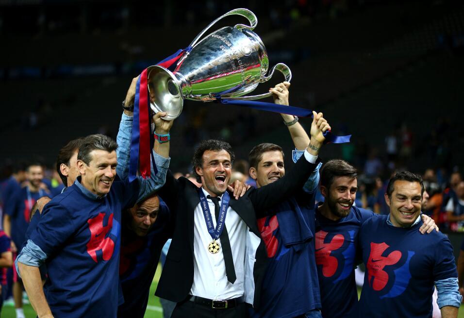 Messi y Suárez mantienen al Barcelona al acecho del Madrid GettyImages-4...