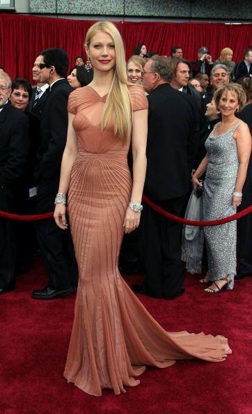 ¡Gwyneth Paltrow es otra fan de sus diseños! ¿Les gusta este 'modelito'...