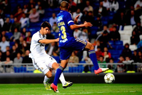 Después fue el turno de otro canterano, Alvaro Morata, para convertir un...