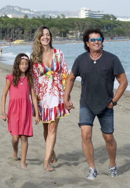 Carlos Vives se da un espacio en su agenda para disfrutar a la familia.