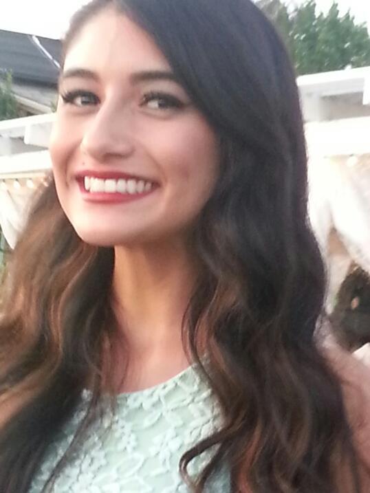 Yvette Velasco, 27 años