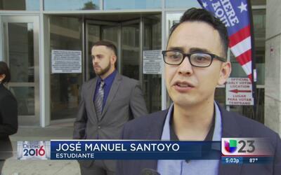 Salen a las calles a motivar el voto latino