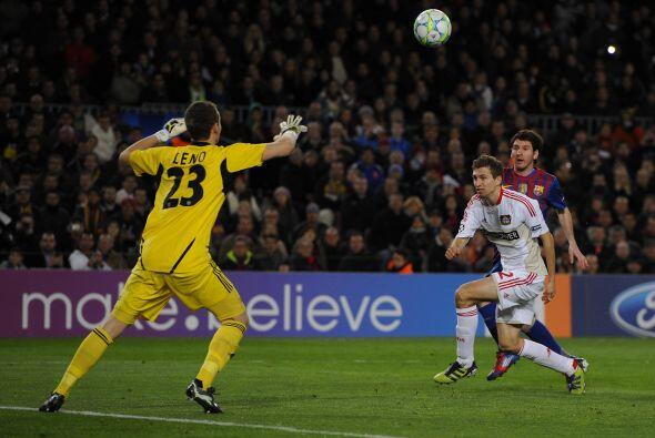 Otro ángulo de la vaselina de Messi. Un golazo del argentino.
