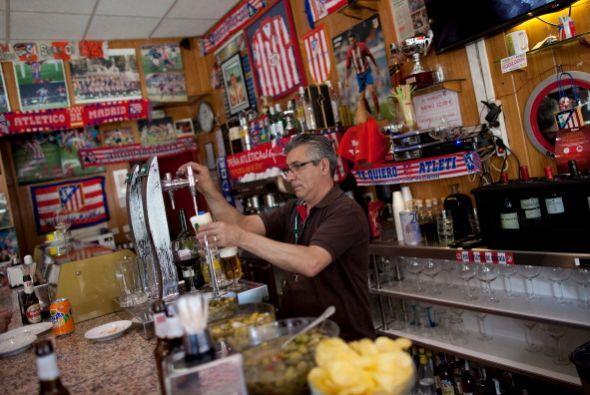 Un bar colchonero en pleno Lisboa.