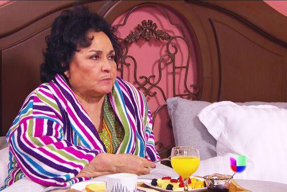 ¡Agárrese Yolandita! Ana quiere que le preste uno de sus cepillos para t...