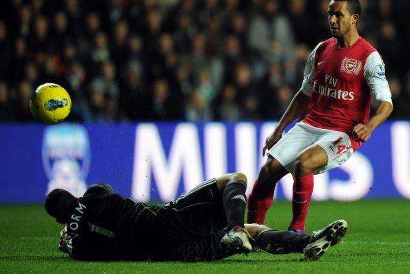 Pero el gol llegó gracias a un referente de la actual generación 'Gunner'.