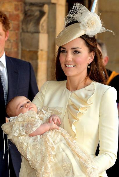 La Duquesa usó un vestido de Sarah Burton para Alexander McQueen....