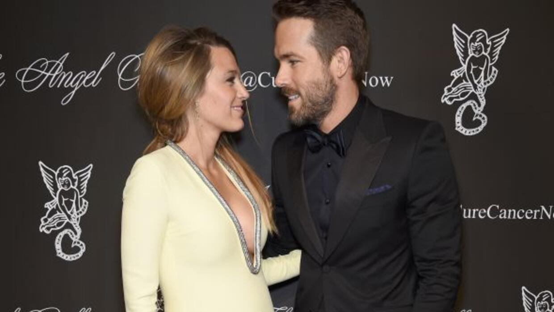 Blake Lively y Ryan Reynolds esperan a su primer bebé.