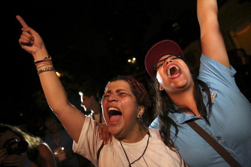 Celebración opositora y decepción oficialista tras elecciones de diputad...