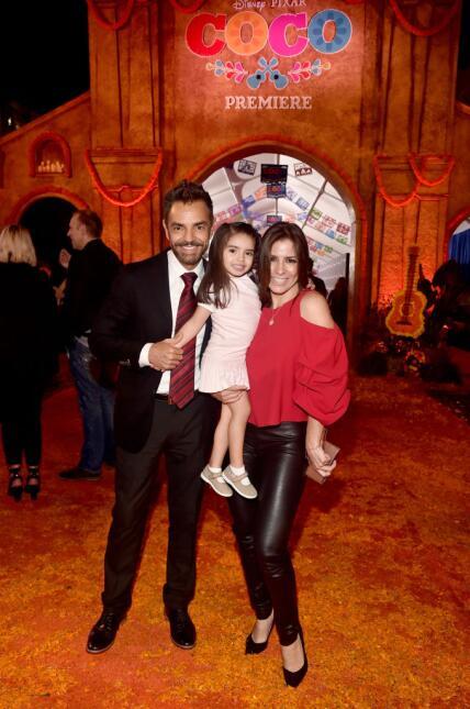 La familia Derbez en la premiere de 'Coco'.