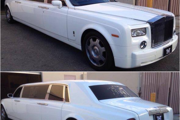 Rolls Royce Phantom Limo    Motor V12 6.75 Lts.  Potencia 453 HP  Ace...