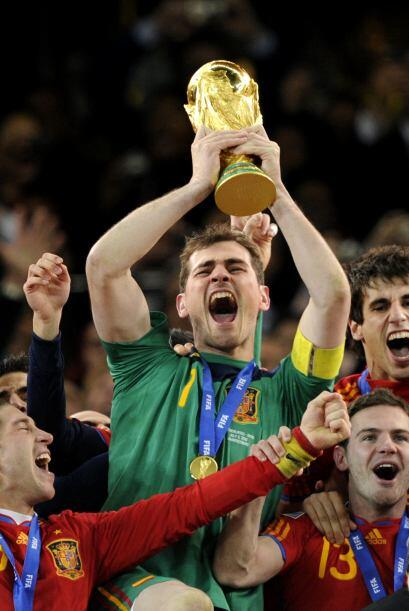 Iker Casillas, figura y parte importante de la selección española, llega...