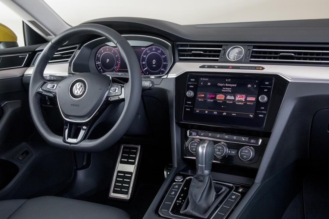 Este es el nuevo Volkswagen Arteon 2019 en imágenes 180204-vw-arteon-303...