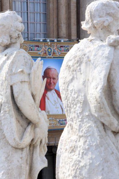 """""""En San Pedro contaremos con la presencia de dos papas vivos y dos papas..."""