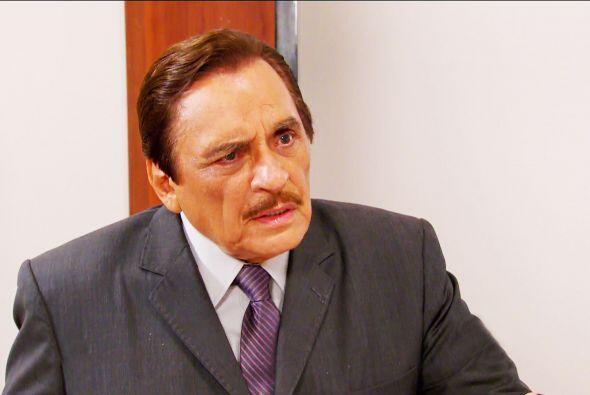 Prepárese para una muy mala noticia don Fernando, el doctor está por rev...