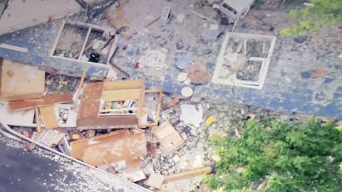 Reportan una explosión en una vivienda en Libertyville, las autor...