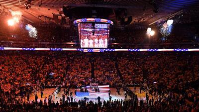 Warriors, en la prórroga, se quedó con el Juego 1 en la final de la NBA