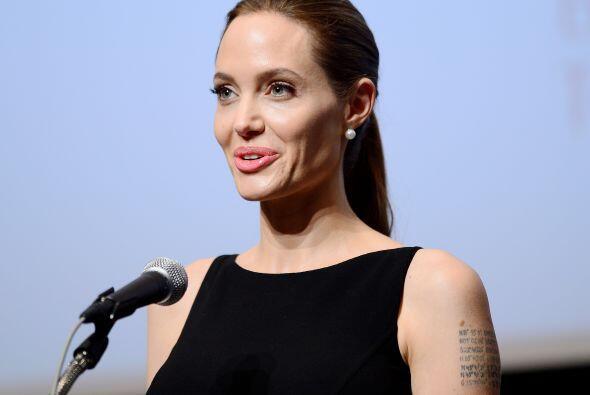 1. Angelina Jolie  ¿Cuánto recibió de paga?: $33 millones.