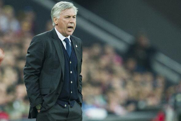 Ancelotti apretó a sus pupilos e hizo modificaciones en su cuadro sin éx...