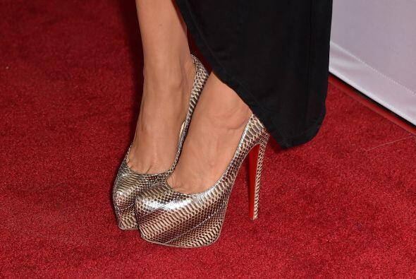 Así como los de Charlotte Ross, el tacón de los 'pin heels' es arriba de...