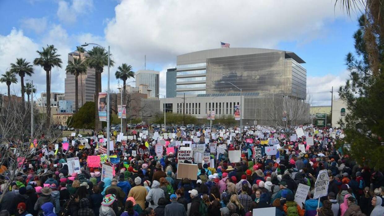En fotos: El Día Internacional de la Mujer alrededor del mundo Tucson 6.jpg