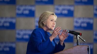 Clinton promete trabajar en una reforma migratoria en los primeros 100 d...