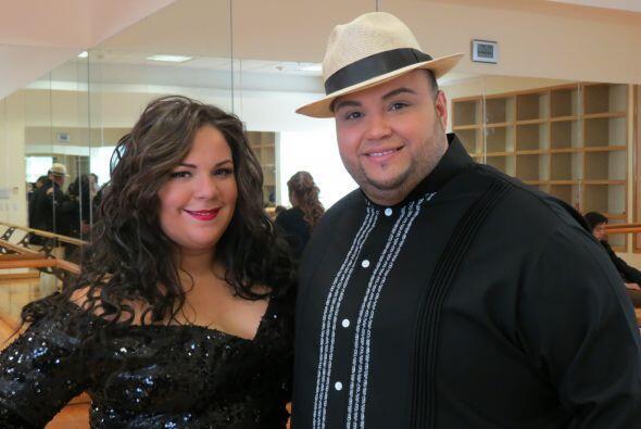 Con su mejor amigo, Ricardo Rivera.