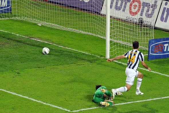 Casi apenas arrancando el juego, la 'Vecchia Signora' abrió el marcador.
