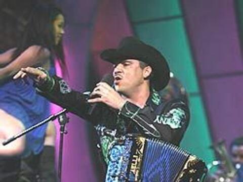 Dareyes de la Sierra fue reconocido como el artista de la semana.