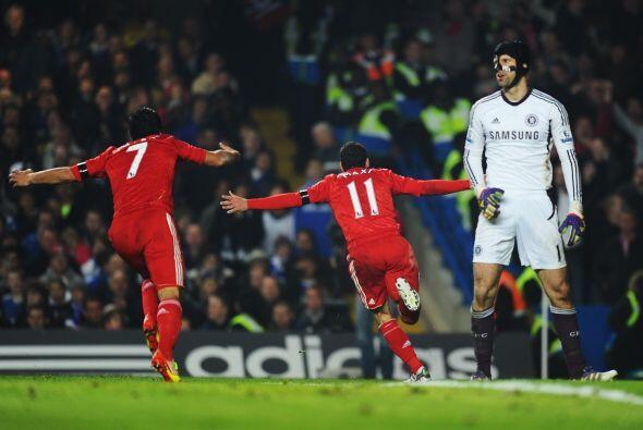 Pero el equipo visitante pegó primero ante la sorpresa de todos.
