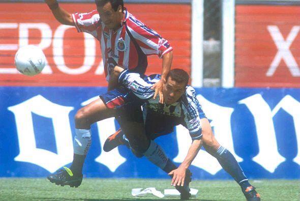 Manuel Vidrio, el defensor de Pachuca, Chivas y Estudiantes no perdía la...