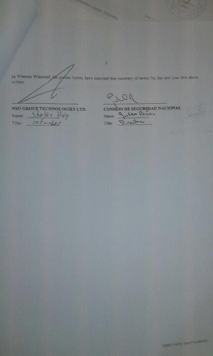 Firma de los términos del contrato de la compra de Pegasus por el gobier...