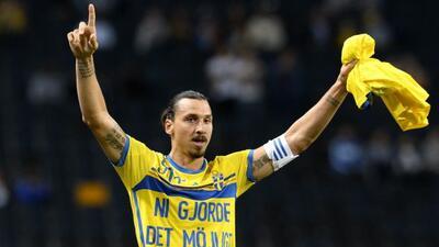 Zlatan marcó un doblete ante Estonia para imponer una nueva marca en su...