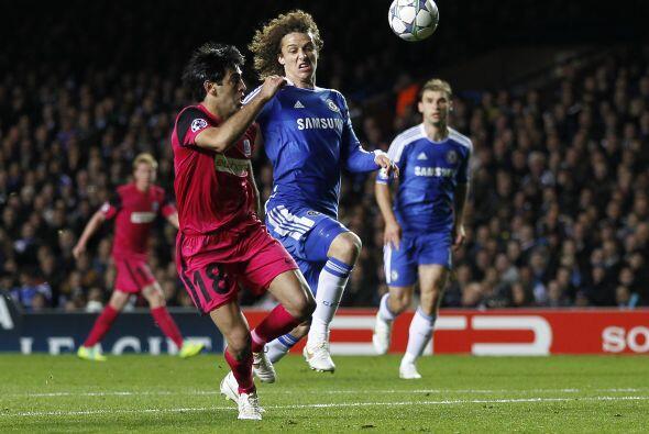 En otro de los partidos, Chelsea goleó al Racing Genk 5 a 0.