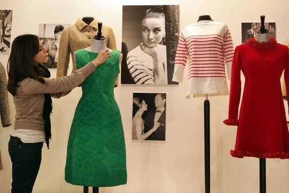 ¿Por qué Audrey Hepburn es un icono de la moda? Por  Desayuno en Tiffany...