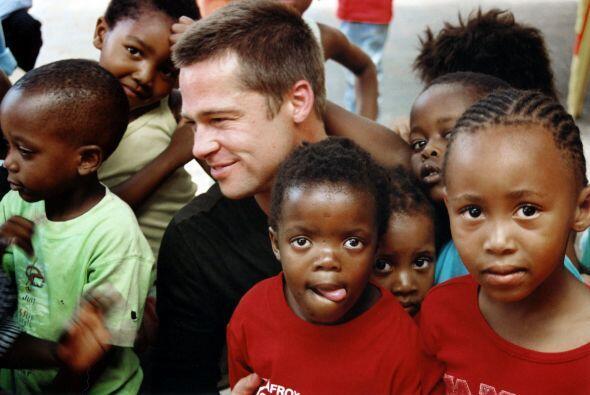 Pronto comenzó a hacer labores altruistas, como su primera visita a Sudá...