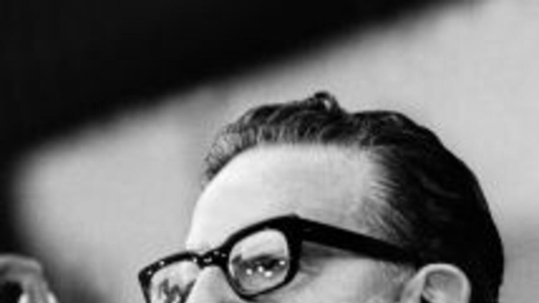 Los restos del ex presidente chileno Salvador Allende serán exhumados el...