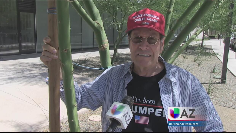 Seguidores de Donald Trump llegan hasta Phoenix